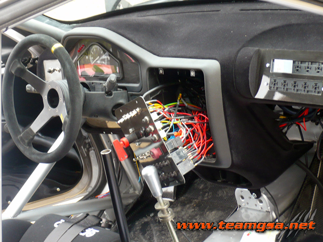Int rieur de la peugeot 106 f2000 13 for Interieur 106